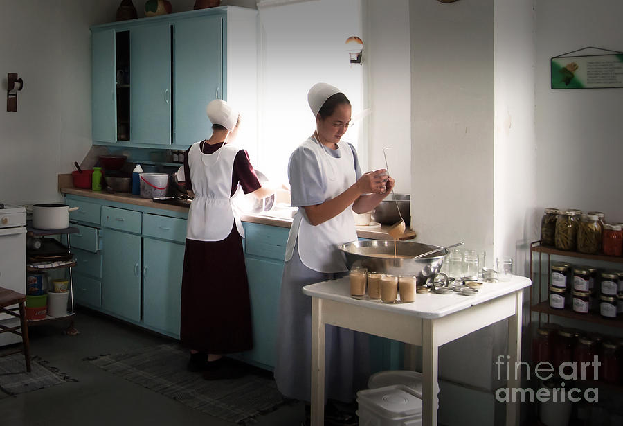 Amish Kitchen Work Photograph By Fred Lassmann