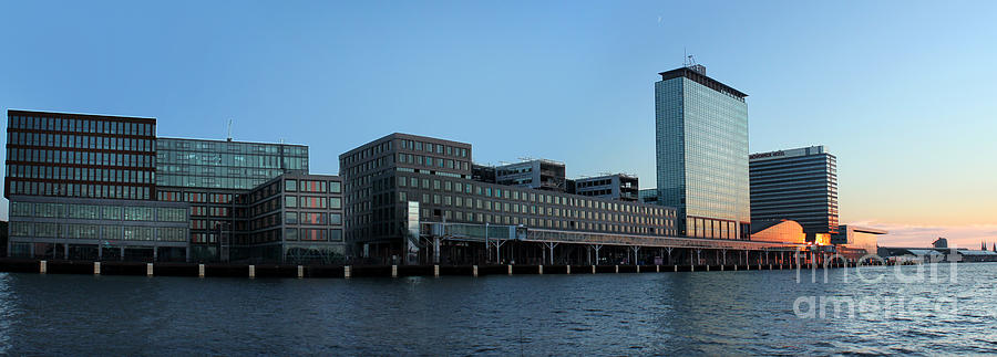 Amsterdam Photograph - Amsterdam - In The Bay- 02 by Gregory Dyer