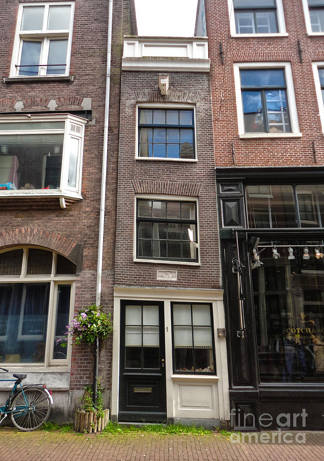 Amsterdam Photograph - Amsterdam Skinny House by Gregory Dyer