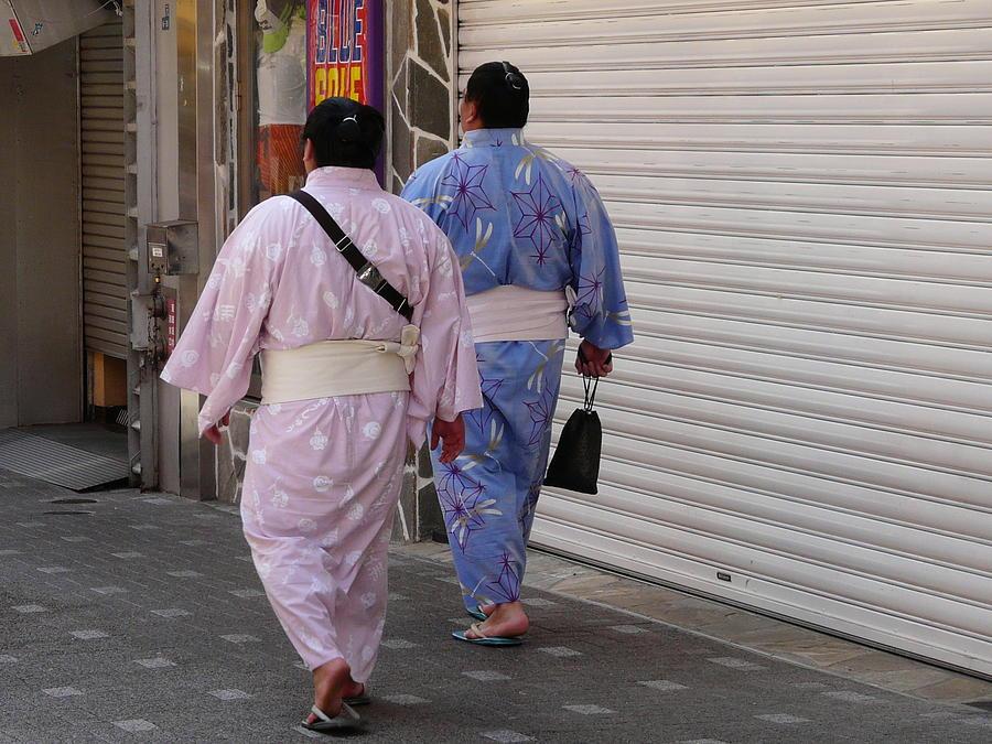 Kimono Photograph - An Evening Stroll by Susan McNamara