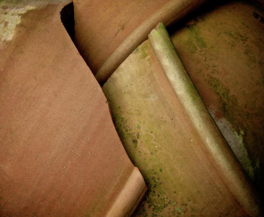Pots Photograph - And The Potter Screamed by Odd Jeppesen