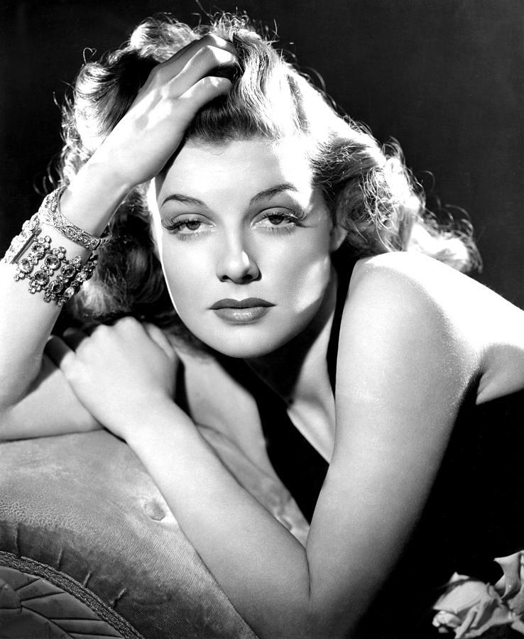 Bracelet Photograph - Ann Sheridan, Portrait Used by Everett