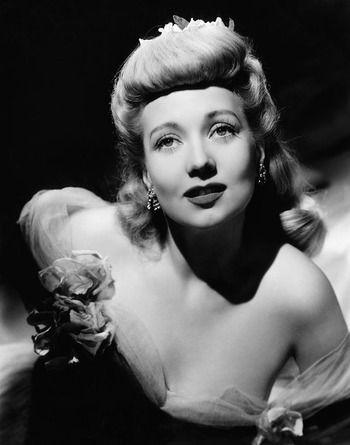 1940s Hairstyles Photograph - Ann Sothern, Ca. 1940s by Everett