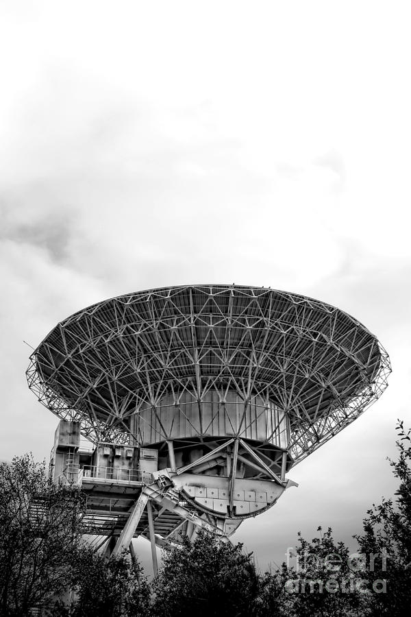 Radio Photograph - Antenna   by Olivier Le Queinec