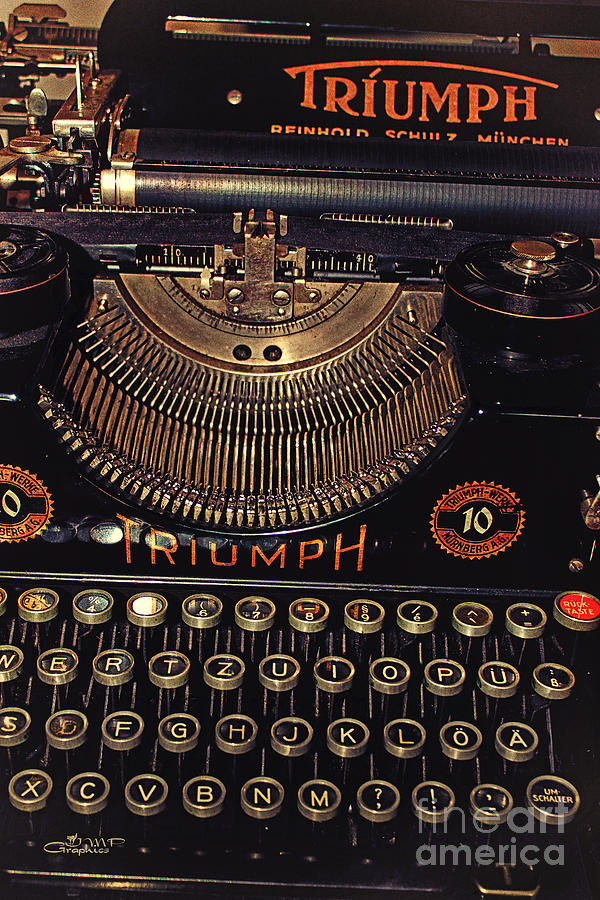 Photo Photograph - Antiquated Typewriter by Jutta Maria Pusl