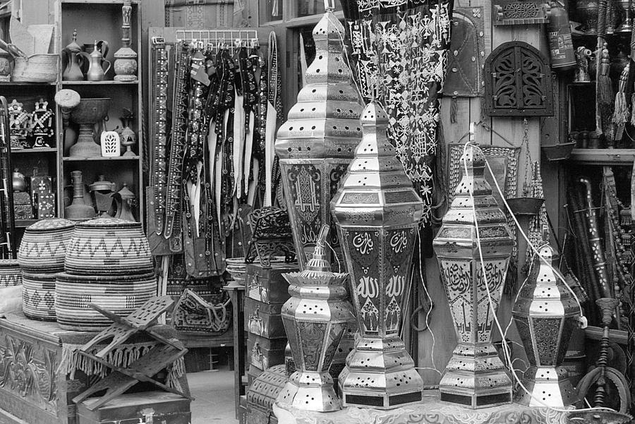 Qatar Photograph - Arab Bazaar by Paul Cowan