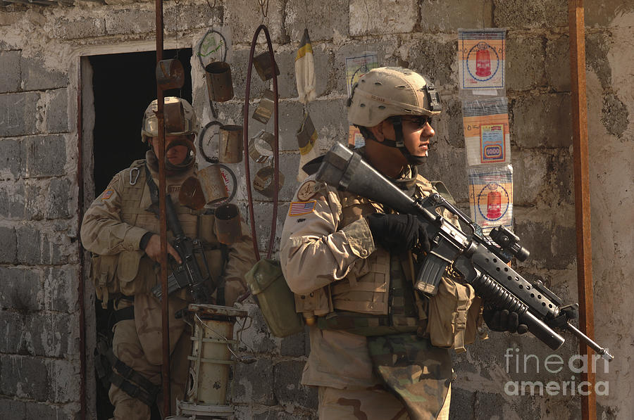 Operation Iraqi Freedom Photograph - Army Soldiers Keeping An Eye by Stocktrek Images