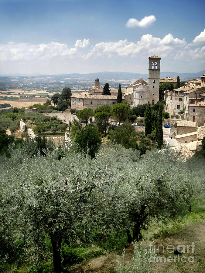 Assisi Italy Photograph - Assisi Italy - Bella Vista - 02 by Gregory Dyer