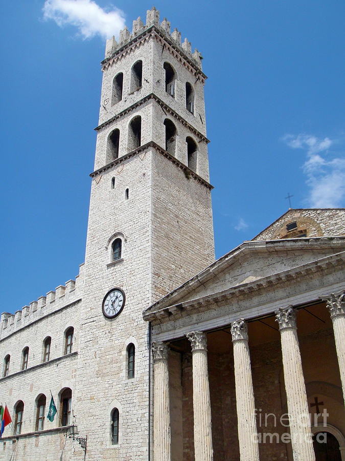 Assisi Italy Photograph - Assisi Italy - Santa Maria Sopra Minerva by Gregory Dyer