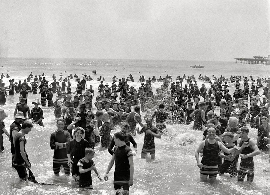 Atlanta Beach Photograph - Atlanta Beach 1910 by Steve K