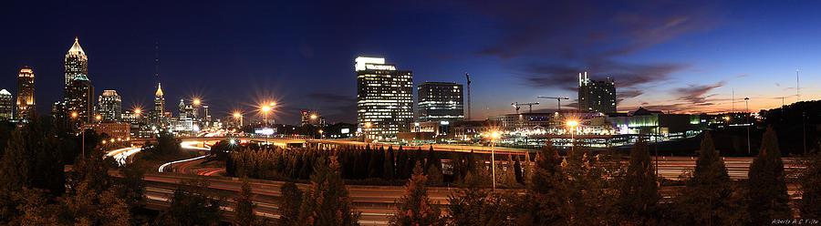 Cityscapes Photograph - Atlanta Downtown Skyline by Alberto Filho