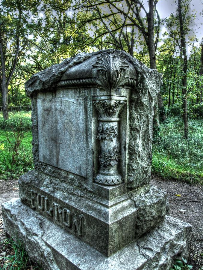 Spooky Photograph - Bachelors Grove Fulton Tomb by Jackie Novak