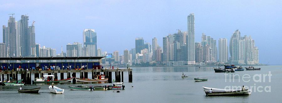 Panama Photograph - Bahia De Panama by Julia Springer