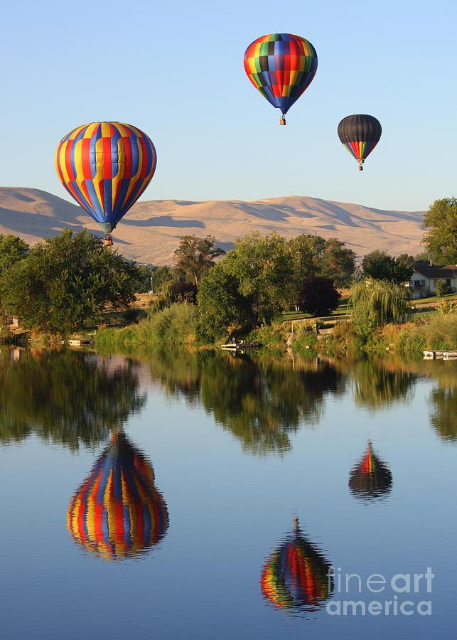 Prosser Photograph - Balloons Over Horse Heaven by Carol Groenen