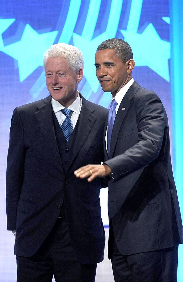 Barack Obama Photograph - Barack Obama, Bill Clinton by Everett