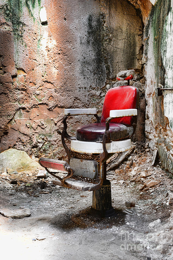 Eastern State Penitentiary Photograph - Barber Chair by Paul Ward