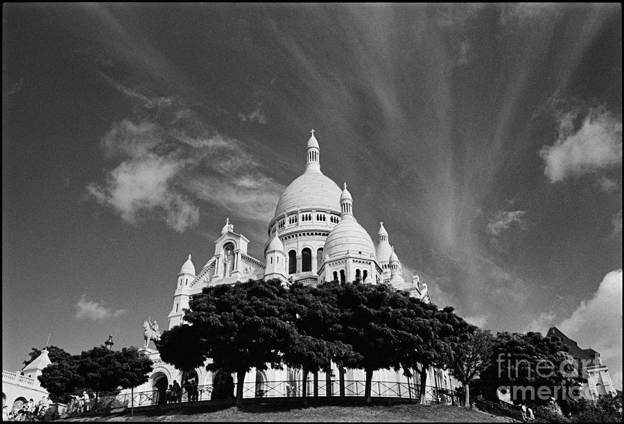 Basilique Du Sacre Coeur Photograph - Basilique du Sacre Coeur by Aldo Cervato