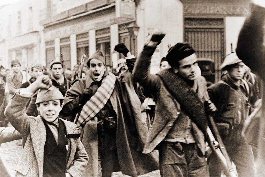 History Photograph - Battalion Of Republican Anti-franco by Everett