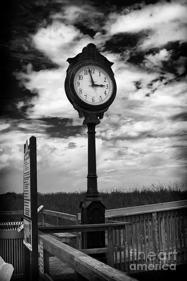 Photo Photograph - Beach Clock by Thanh Tran