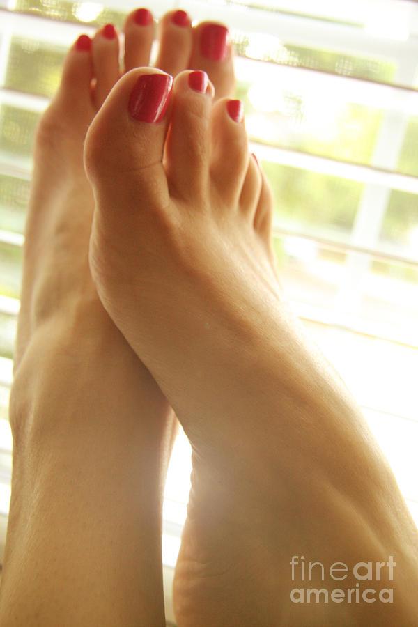 Message, Gorgeous feet fetish the expert