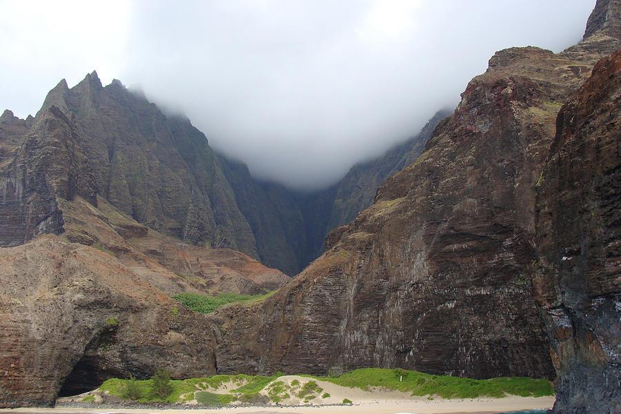 Landscape Photograph - Beautiful Hawaii by Dee  Savage