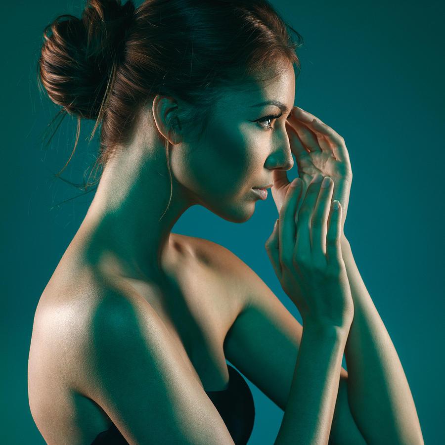 Attractive Photograph - Beauty by Pavlo Kolotenko