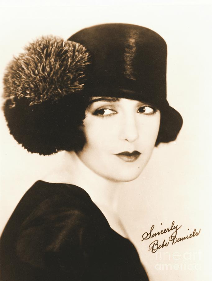 Autographs Photograph - Bebe Daniels 1925 by Padre Art