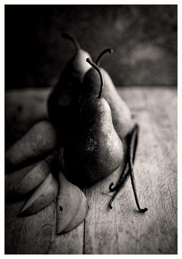Black And White Simple Naturmort Photo With Bosc Pears And Vanilla Beans Photograph by Anna Hoychuk