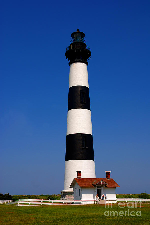 Bodie Island Photograph - Bodie Island Lighthouse Outer Banks Nc by Susanne Van Hulst