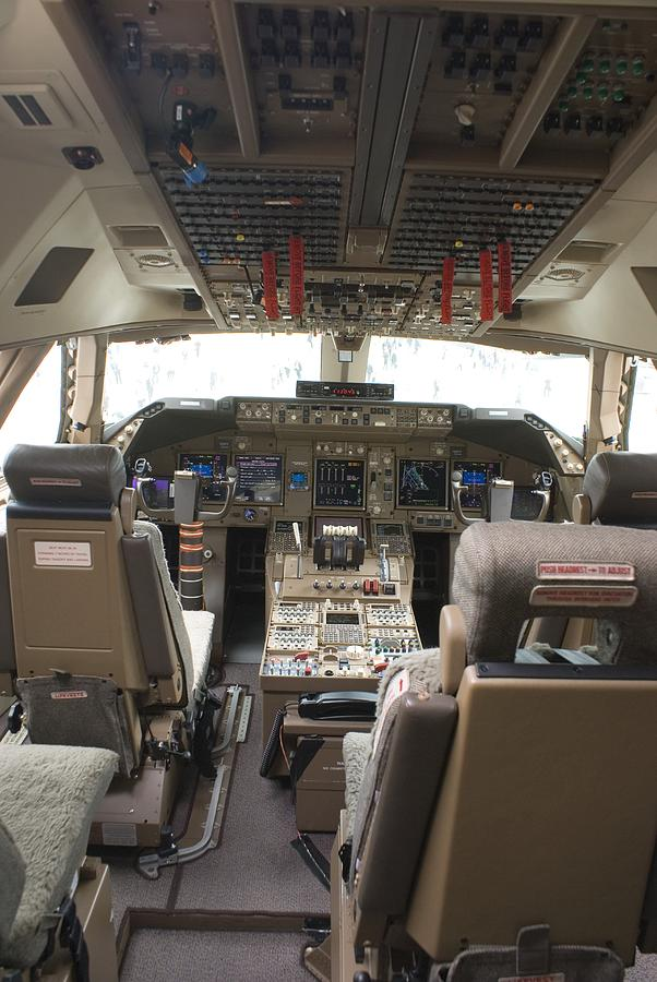 747 Photograph - Boeing 747-8 Flight Deck by Mark Williamson