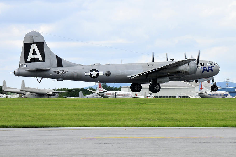Warbirds Photograph - Boeing B-29 Superfortress by Dan Myers