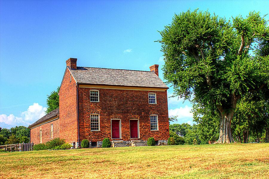 Historical Home Photograph - Bowen Plantation House 002 by Barry Jones