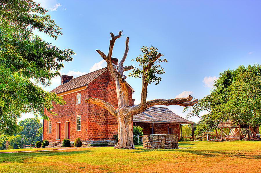 Historical Home Photograph - Bowen Plantation House 003 by Barry Jones