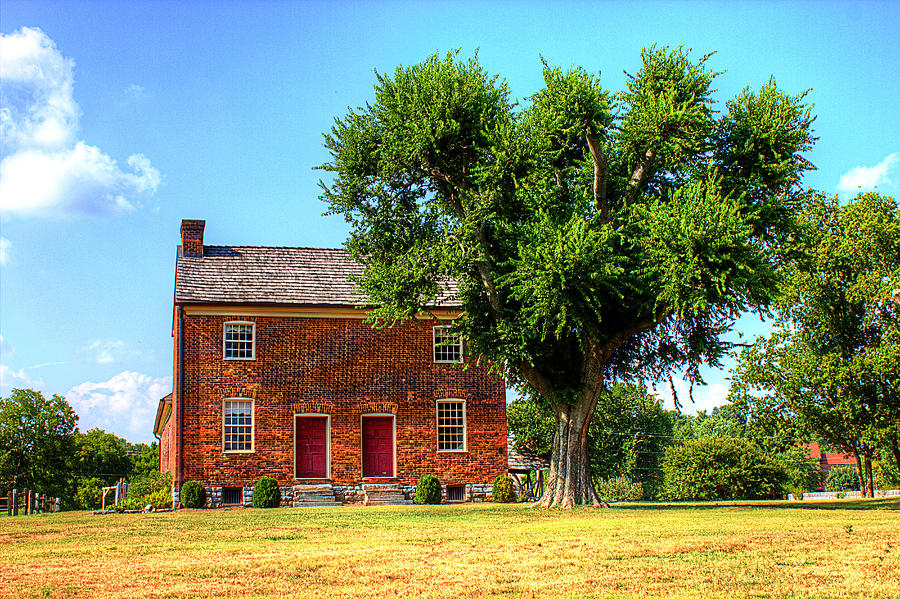 Historical Home Photograph - Bowen Plantation House by Barry Jones