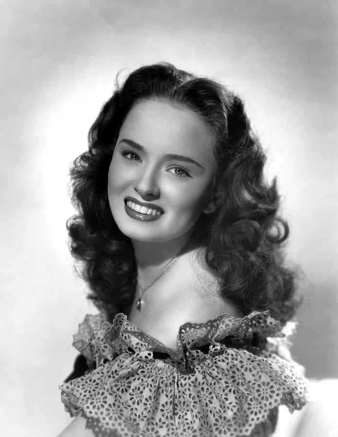 1940s Movies Photograph - Bowery To Broadway, Ann Blyth, 1944 by Everett
