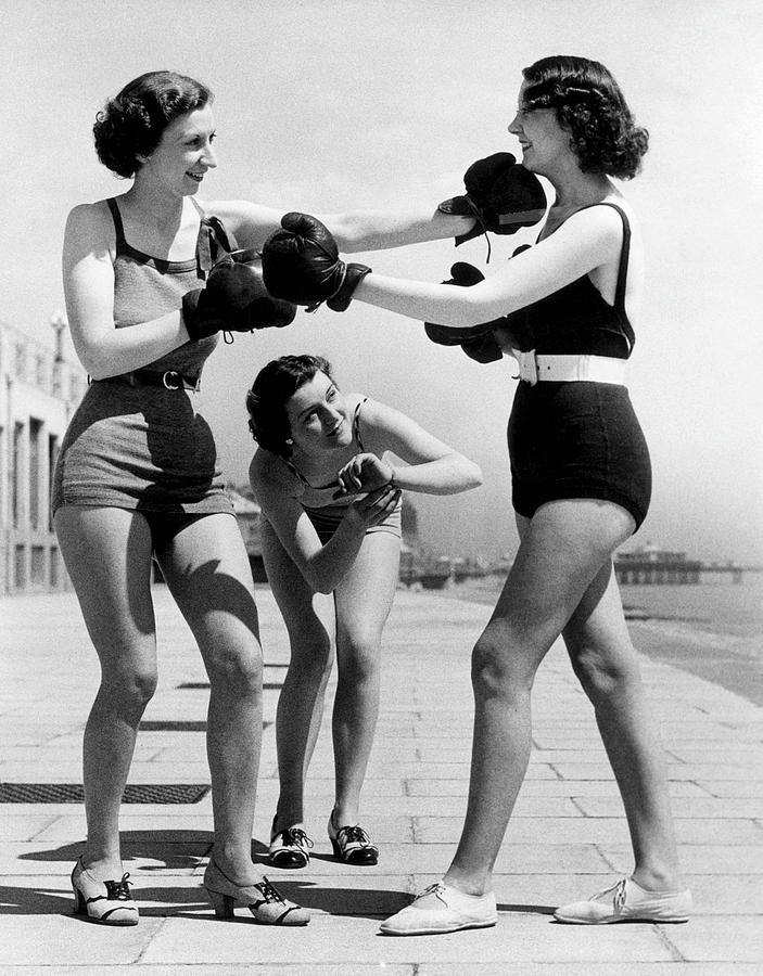 Adult Photograph - Boxing On The Prom by William Vanderson
