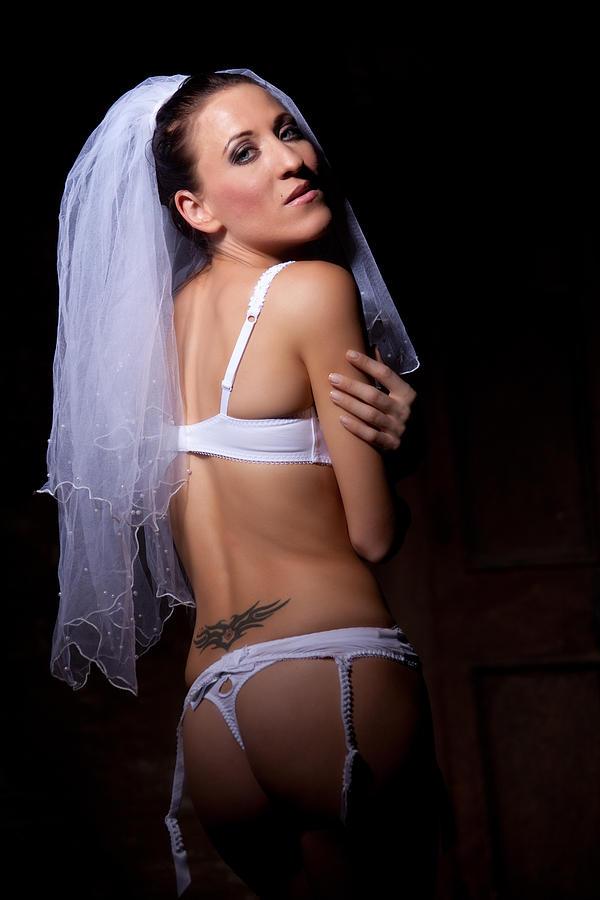 White Photograph - Bride by Ralf Kaiser
