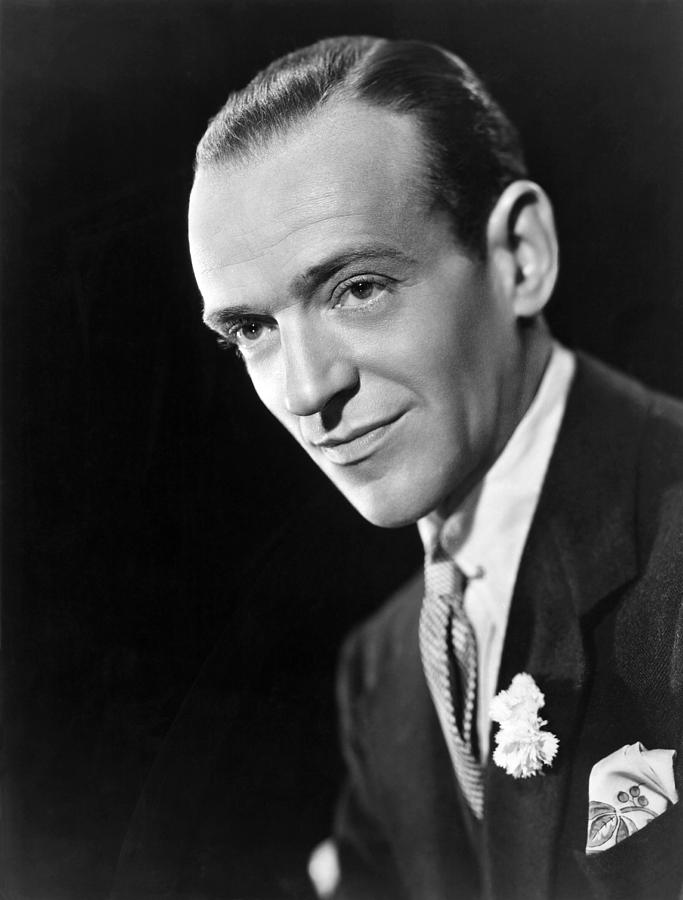 1940s Movies Photograph - Broadway Melody Of 1940, Fred Astaire by Everett
