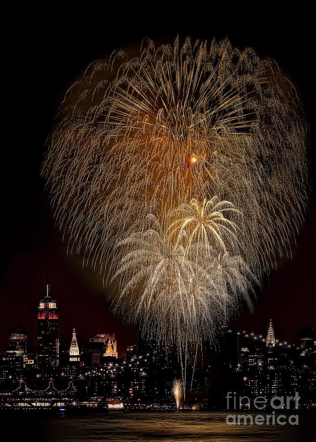 New York City Photograph - Brooklyn Bridge Celebrates by Susan Candelario