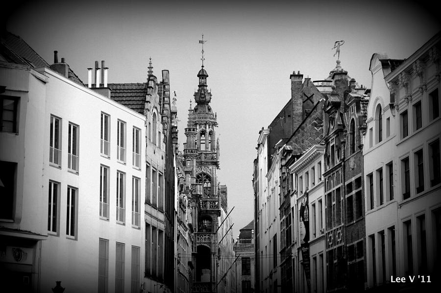 Brussels Photograph - Brussels In Black And White by Lee Versluis