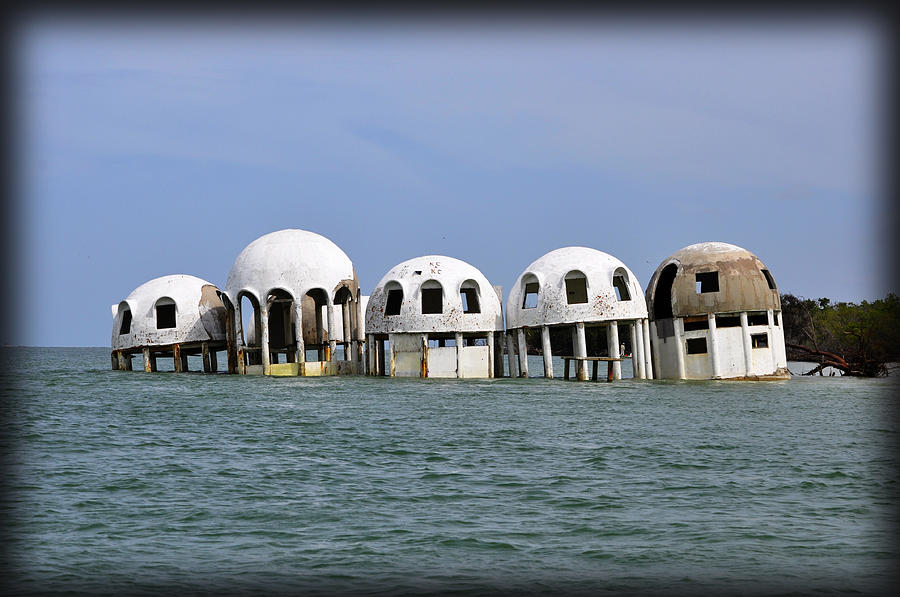 Dome Beach House