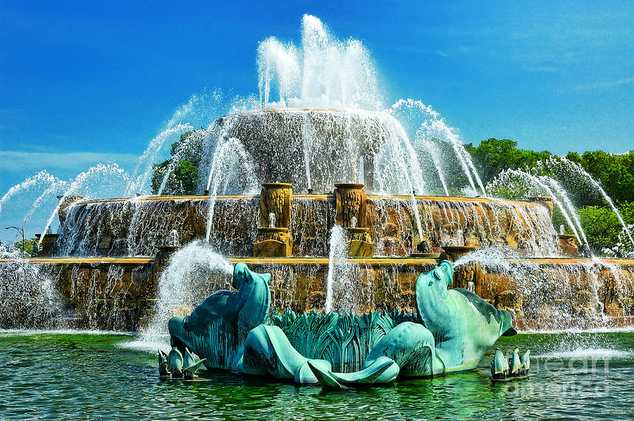 North America Photograph - Buckingham Fountain - Chicago by JH Photo Service