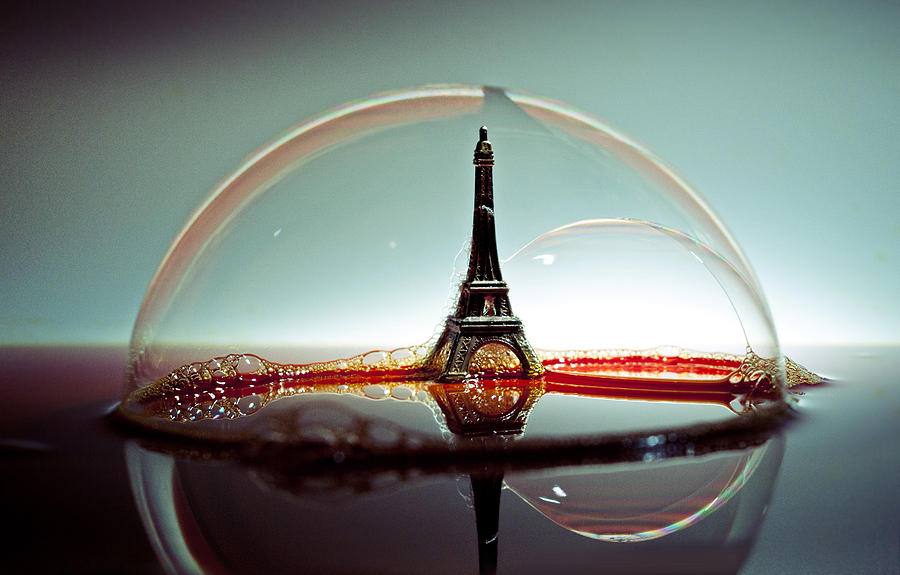 Paris Photograph - Bulle by Ivan Vukelic