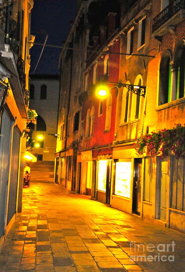 Cafe Digital Art - Cafe In Venice by Alberta Brown Buller