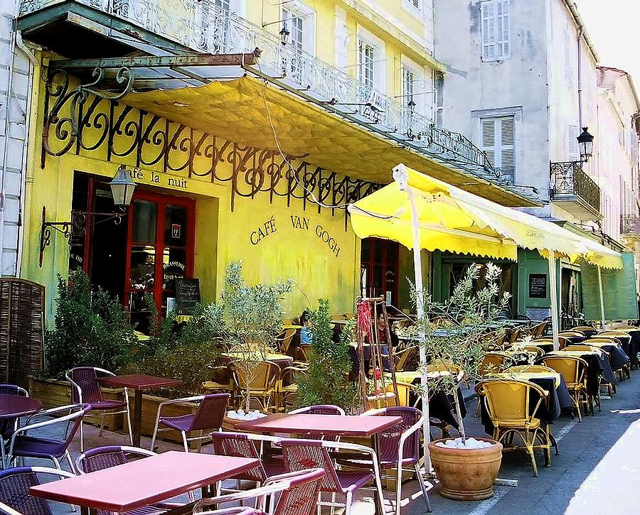 Le Cafe La Nuit Arles France