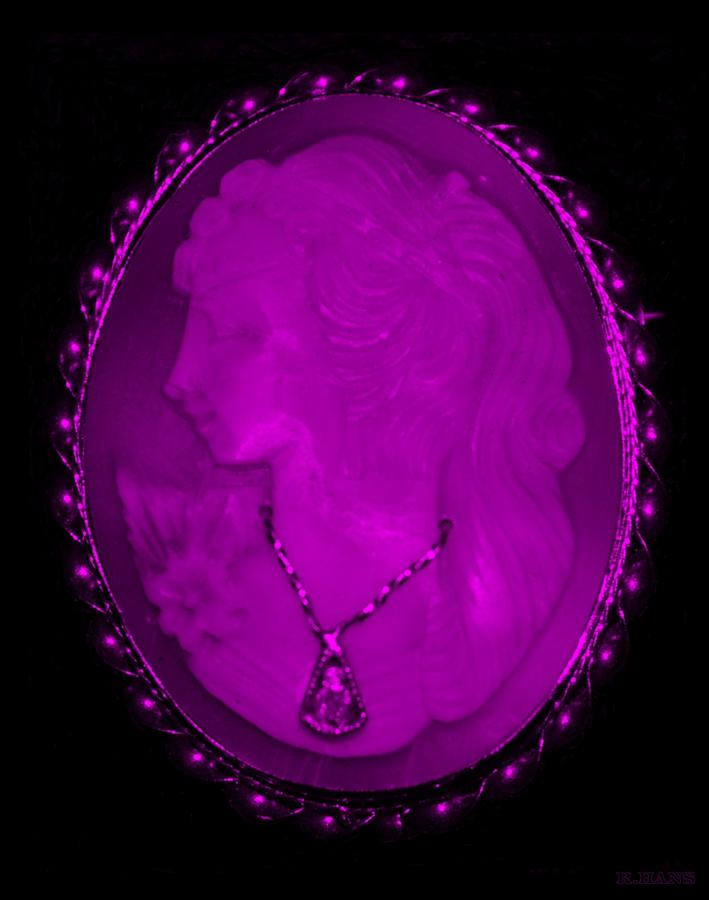 Cameo Photograph - Cameo In Purple by Rob Hans