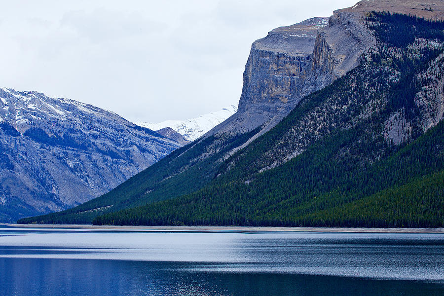 Canadian Rockies Photograph - Canadian Lake 1726 by Larry Roberson