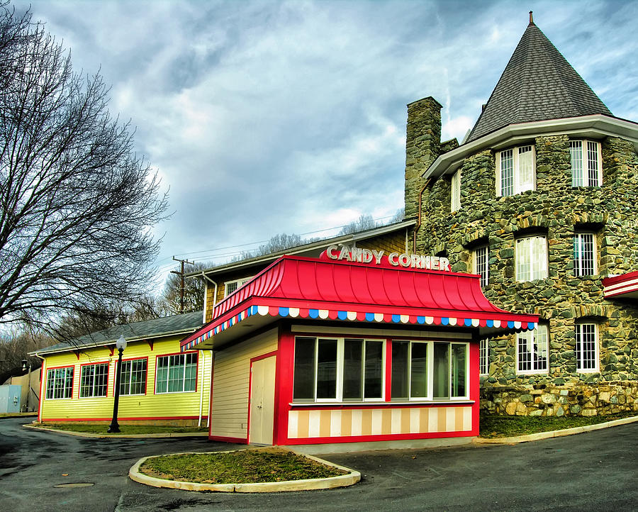 Concession Stand Photograph - Candy Corner And Chatauqua Tower by Steven Ainsworth