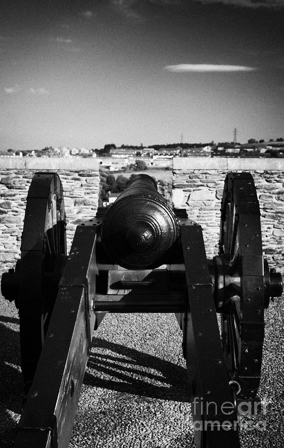 Derry Photograph - Cannon On Church Bastion Facing Out On The 17th Century Walls Of Derry City by Joe Fox