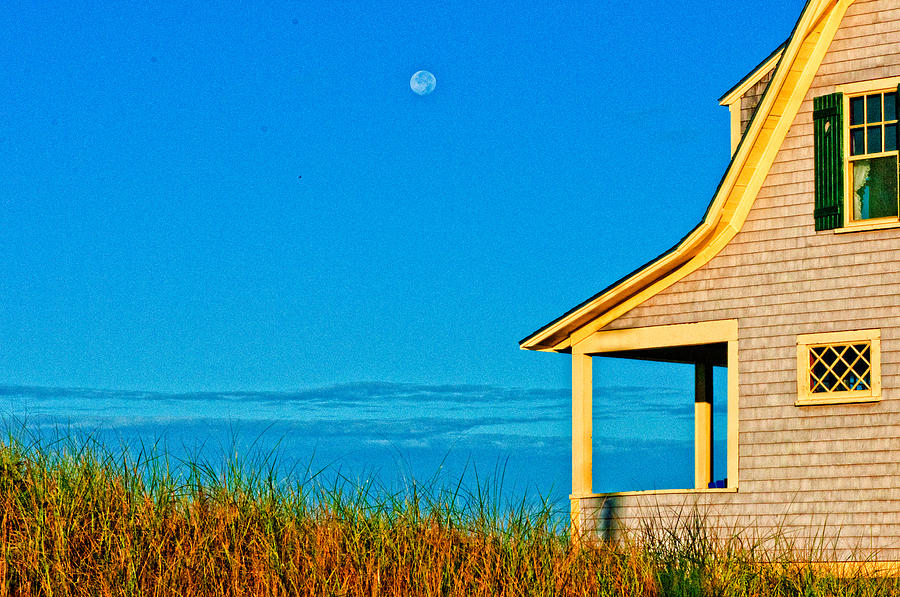 House Photograph - Cape Cod Bay House by Linda Pulvermacher